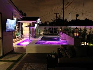 Luxury 6 bdrm Resort w/Water Park, Anaheim