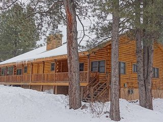 Summer Deal*$150/nt*Nice Newly Updated Cabin*Sleeps 10