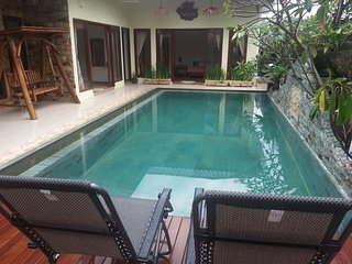 Calmness Villa - Batam. Private Pool/3BR/Koi Pond/Hut/, Sekupang