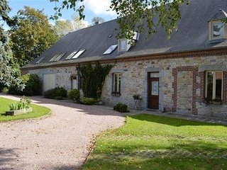 Farm cottage XVIII 8 pax, 4bedrooms, CHIMAY area, bbq, jacuzzi, nature, hike