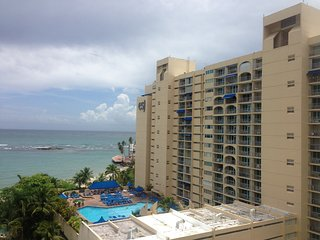 CONDOMINIO ESJ TOWERS APT. # 568  Apartment for vacational rental, Isla Verde
