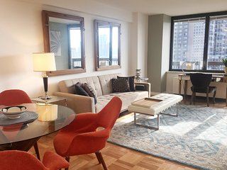ELEGANT and MODERN 1br - PRIVATE BALCONY - LUXURY AMENITIES