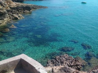 praticamente sul  mare , con accesso privato e spiaggia bellissima