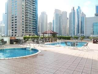 1BD with Marina views well connected to the Metro, Dubai