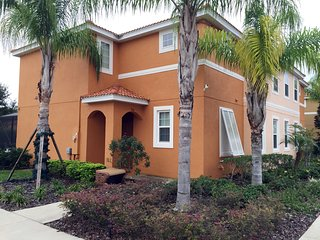 4bed/3bath home in Bella Vida Resort! 951LF