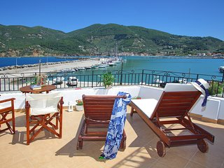 Villa Yiannoula with magnificent sea and Skopelos harbour views 30m from the sea