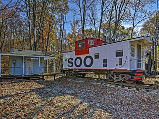 NEW! Unique 1BR Springville Railroad Caboose Cabin!