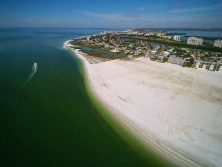 Check Out Our Special Summer Rates! Private Beachfront, Awesome Gulf View, Heate