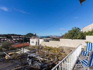 Apartments Charming - Standard Two Bedroom Apartment with Terrace and Sea View