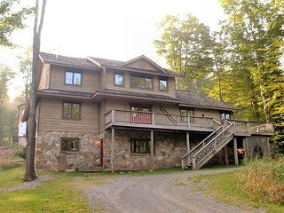 """White Tail Lodge"" is a year around vacation home!, Davis"