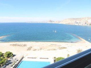 Increibles vistas al mar en lujoso apartamento
