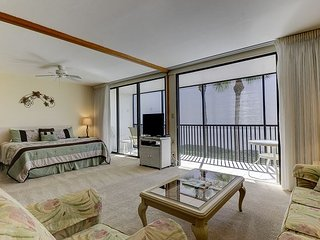 Sundial H209: Complete Remodel Starting July 2017 - Same Great View Book NOW!