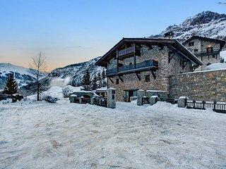 Chalet Toit du Monde, Sleeps 8, Val d'Isere