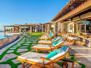 Casa de Karma, Sleeps 14, Cabo San Lucas