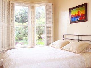 Central Victorian 1 Bedroom