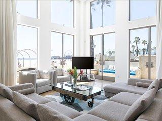 Santa Monica Blu U2