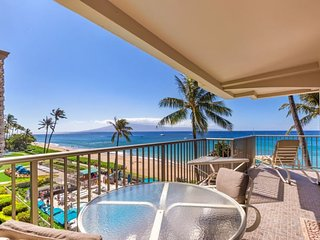 Whaler 401 - Ocean Front One Bedroom, 2 Bath Condominium, Lahaina