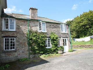 Orchard Cottage, Brayford - Orchard Cottage - sleeps 5 - wonderful countryisde views, Bratton Fleming