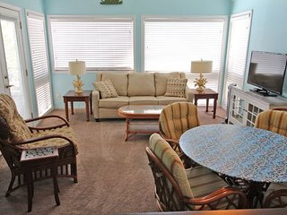 Awesome Vacation Condo ....Tommy Bahama meets Jimmy Buffet..12348, Myrtle Beach