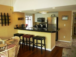 Beautiful Vacation Condo- Wood Floors, Paddle Fans, High End Appliances..10340