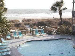 Awesome 2Br/2Bath Condo Overlooking Pool, Sand Dunes, Beach and Ocean !, Myrtle Beach