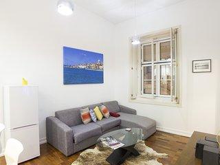 CH7 - Bright 1 bedroom apartment, AC, Elevator, Amenities, Lisboa