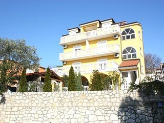 Private suites Crikvenica 5548 2-room-suite
