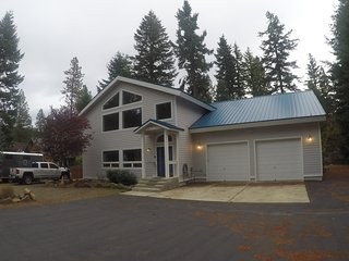 Beautiful Large Custom Home in Driftwood Acres (Ronald, Rosyln, Suncadia), Cle Elum