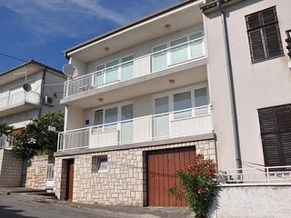 Private suites Crikvenica 7255 2-room-suite