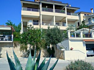 Private suites Rabac 7364 2-room-suite