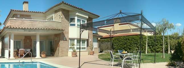 Catalunya Casas: Amazing villa for 9 guests in Tarragona, situated on a golf cou