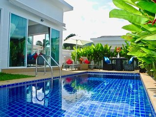 Peaceful private villa in Rawai