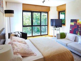 Preciosa habitacion en casa con jardin, 1