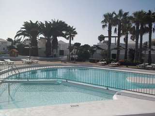 APARTMENT KYRUNU IN COSTA TEGUISE FOR 4P