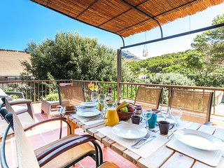 Cozy Mediterranean Beach House