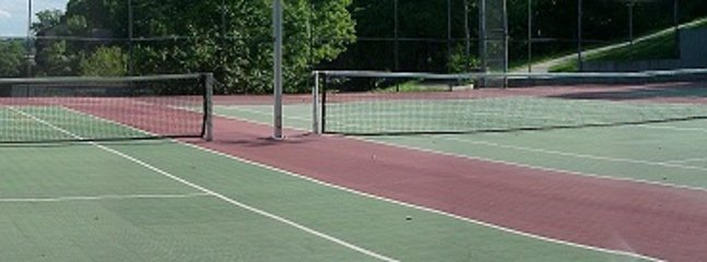 Waters Edge Tennis Courts