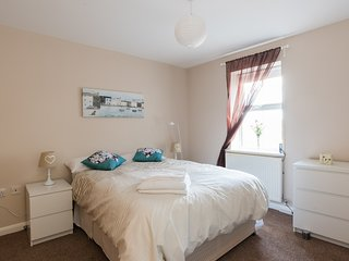 Central, Two Bedrooms, WiFi, Newly Refurbished