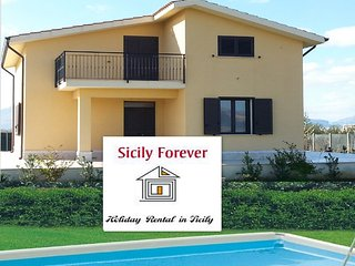 MAISON DES FLEURS - Villa vicino la spiaggia con piscina privata