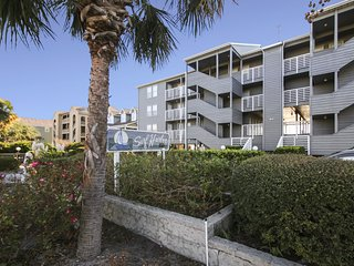 Surf Harbor 102 - Oceanfront Condo w/ Shared Pool, Surfside Beach