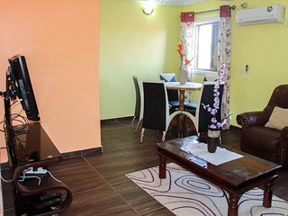2 bedrooms flat, 2 toilets & bathrooms, kitchen,