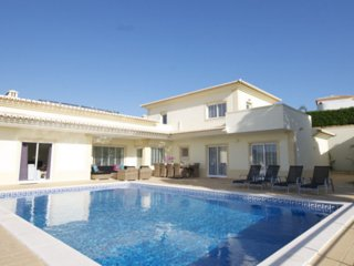 Villa Amarante: Luxury villa close to Carvoeiro and the beach!