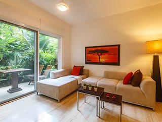 Sunrise luxurious new Condo, Playa del Carmen