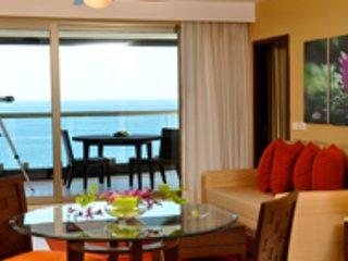 Two Bedroom Beachfront condo - Sunset Plaza Beach Resort Peurto Vallarta Mexico, Puerto Vallarta