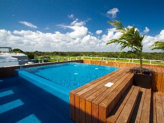 SPECTACULAR NICK PRICE GOLF APARTMENT IN PLAYA DEL CARMEN!!