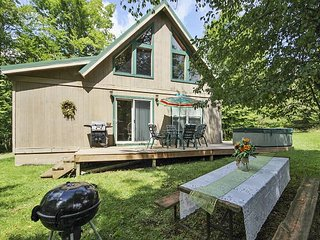 Creekside Cabin is an easy walk to Timberline Resort!