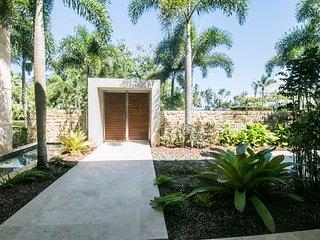 5 Bedrooms | 5.5 Bathrooms | Luxurios Residence in the Dorado Resort