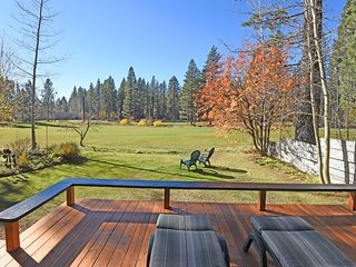 Charming Cabin on Brockway Golf Course, Tahoe Vista