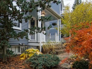 Charming 4 room apartment, minutes from Cambridge and Boston
