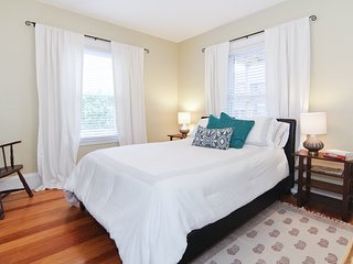 Charming 4 room apartment, minutes from Cambridge and Boston, Arlington