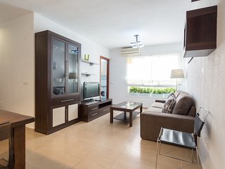 Quiet two bedroom apartment in the historic center., Malaga